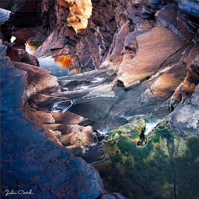 Joffre Gorge at Karijini National Park is only a short stroll from the Karijini Eco Retreat. The waterfall here is a real spectacle when cyclones or strong summer storms drop heavy rains over the region. #igshotz #bella_shots #australiagram #australia_inscountries #australia #WesternAustralia #karijini #live #love #photography #earthpics