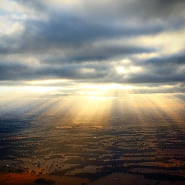 God's Rays flying home. I'm not a massive religious man, but it's times like this I see God.  Amazing!! #live #love #flying